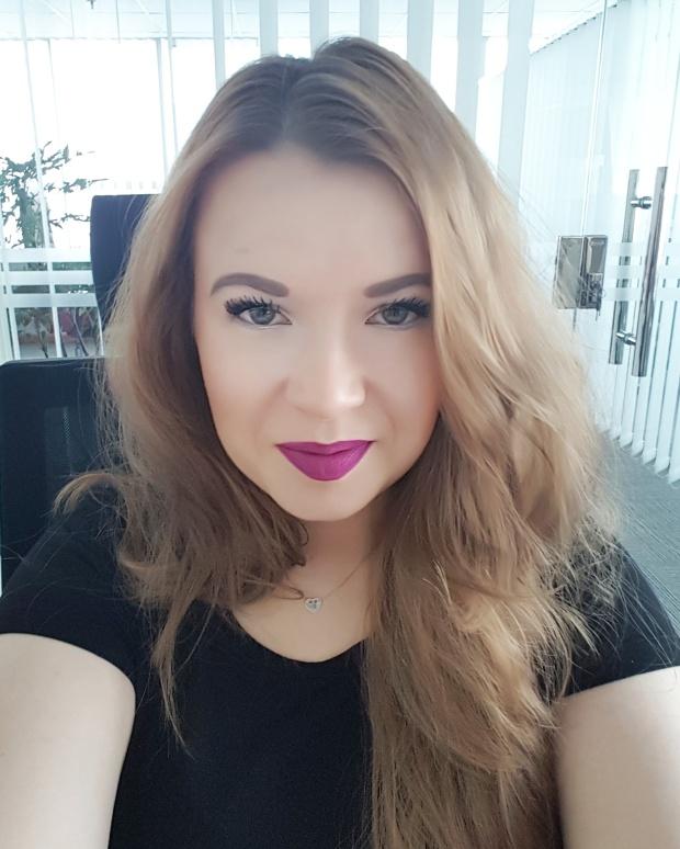 worldbyjasmine - selfee