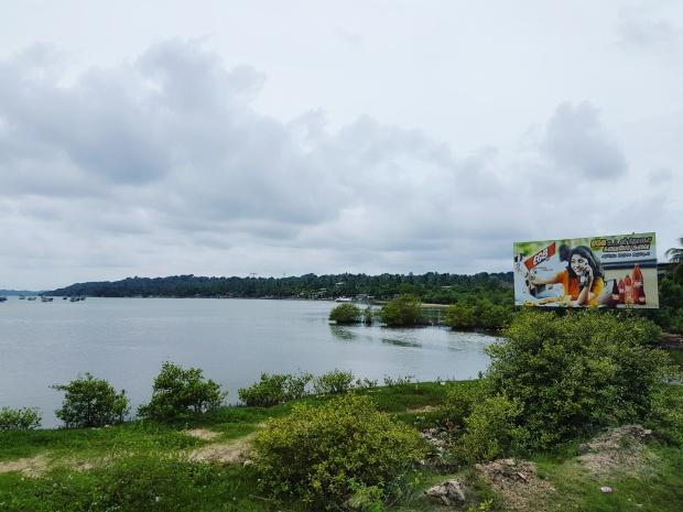 worldbyjasmine-trincomalee-beach-2