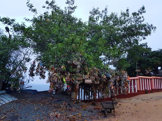 worldbyjasmine-koneswaram-temple-14